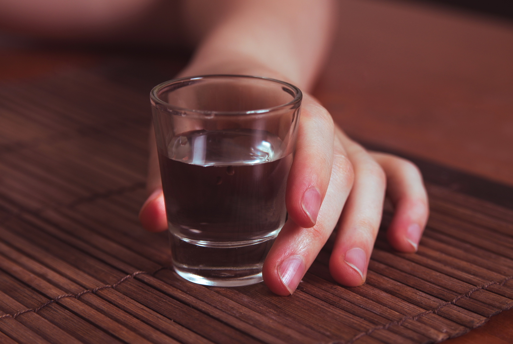 Народные средства от алкоголизма: лечение алкогольной зависимости народными методами